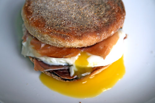 20090915-dt-fried-egg-sandwich